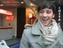 ジョニー・ウィアー 素敵なコートでロシアに到着!(2010.03.28)