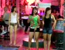 Ladies and Ladyboy dancing in パタヤ. (Part 8)(5-2007)