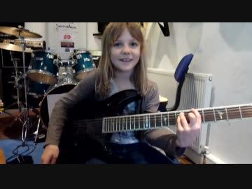 8歳のイギリス人少女の超絶ギタ...