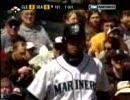 イチロー、二塁から三塁へタッチアップ thumbnail