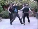 アメリカ人に「リア充爆発しろ!」を踊らせてみた