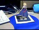 アリスが画面から出てマウスパッドの上でbad appleを踊った