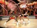 """エアロビのプロ達が""""ギタ・ドラ・jubeat大夏祭りのテーマ""""を踊ったら thumbnail"""