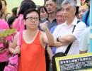 【新唐人】香港関愛会を非難した女性教師 中共系メディアに泥を塗られる