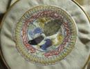 第56位:【十二国記】丕緒の鳥のティーコゼ作った thumbnail
