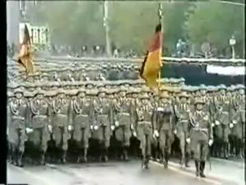 現地語で軍歌を歌おう 『ドイツ...