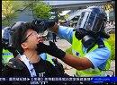 【新唐人】香港警察「私は大陸警察ではない」