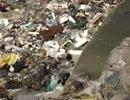 ネパール 首都カトマンズ市内の川