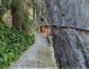 スペインにある超デンジャラスな道「El Caminito del Rey」 thumbnail