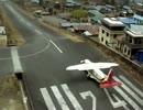 世界一危険な「テンジン・ヒラリー空港(旧ルクラ空港)」離陸