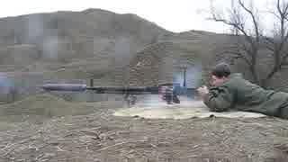 サプレッサーを付けたDShK38重機関銃