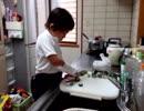 【お料理❤】骨折した右手できゅうりを切り、つけもの作りをするあい!