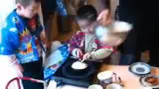 【DIY道楽の逆説的脅迫♪】子供にパンケーキ作らせてみた【動画の小道具扱い】