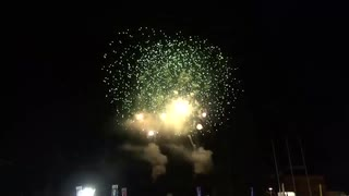 2019.12.3 (埼玉)秩父夜祭 虹のスターマイン (緑)