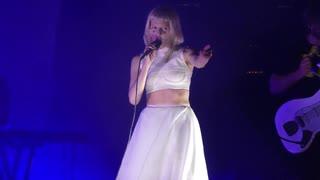 AURORA - デイドリーマー (Albert Hall, Manchester, UK)