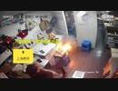 上海の唐揚げ店厨房で電動バイク用バッテリー充電中に爆発炎上w