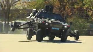 【トルコ】補助輪付き装甲車