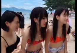 【tiktok】JK3人が水着でダンス