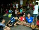 バリ島ウブドで子供達のガムランと踊りの練習その2将来のネ申