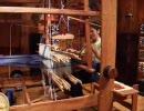 愛・地球博(愛知万博) カンボジア館でのシルクの手織り