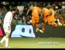 サッカーの面白い決定的瞬間集
