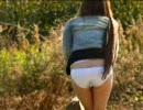 いきなり通りがかりの女のスカート奪って逃げたらリアクションは? ③