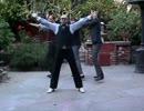 アメリカ人に「笑点のテーマ」を踊らせてみた