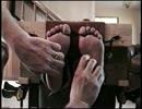 足の裏くすぐり2