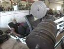 1トン以上のダンベルでレッグプレス・トレーニング