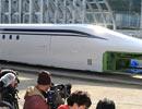 リニア新型車両「L0系」を初公開  JR東海