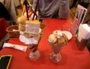 【大食い】カフェ・エストエスト新宿ルミネ店のジャンボパフェ『横綱』