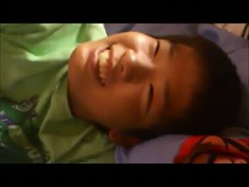 ゲイ 少年 動画
