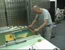 シルクスクリーン版画の摺り工程