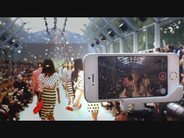 ファッションショーの撮影でiPhoneのカメラが使用されている