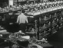 第二次大戦中のアメリカにおける、プロペラとM2重機関銃の製造風景
