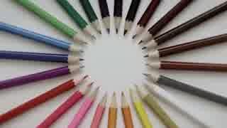 色鉛筆だけで構成された芸術的ストップモ