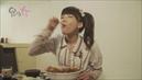 食べる女 #2「海鮮丼を食べる女」