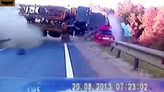 【衝撃映像】アジア・ロシアの壮絶な交通事故集 【クラッシュ集】