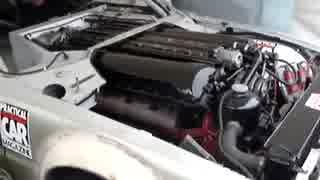 戦車のエンジン(V12)を搭載した乗用車