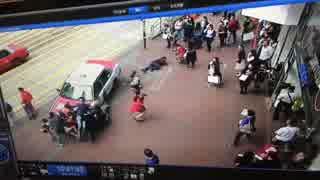 タクシー「人がゴミのようだ」(香港)