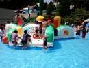 【関西サイクルスポーツセンター:プール】キッズプールのふわふわ遊具で遊ぶあい!Playing at water park slider! 水遊び お出かけ