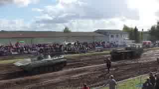 8輪トラック vs BMP-1 綱引き対決