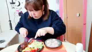 【デブエット】盛り付けしてハンバーグを食べる!概要欄見てね