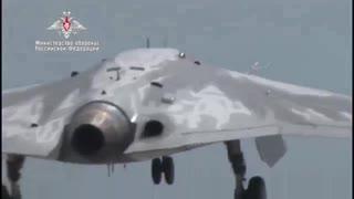 ロシアの最新無人ステルス攻撃機オホートニク-Bハンター初飛行映像公開