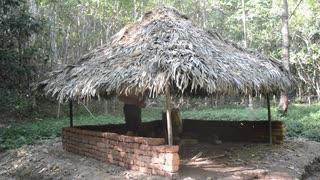 ホモと学ぶ日干しレンガの壁作り.dry