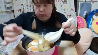 【ニートデブ】晩御飯にキムチの壺ラーメ
