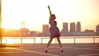 【りるあ】ユニバース 踊ってみた【四周