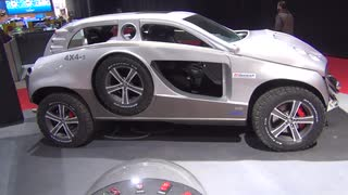 4輪車時々6輪車な自動車『Sbarro 4X4+2』