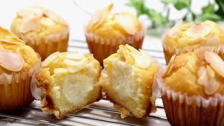 濃厚すぎるクリームチーズマフィン Cream cheese muffin【ホワイトデーレシピ】White Day