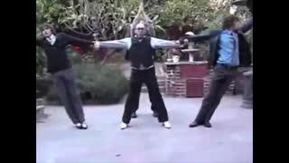 アメリカ人に異種族レビュアーズEDを踊ら